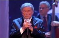Tony-Bennett-How-Do-You-Keep-The-Music-Playing-Live-2011